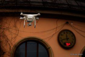 Dron w chwilę stworzy mapę