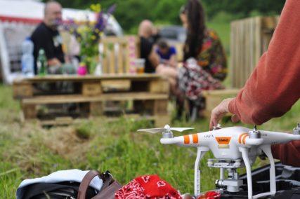 Dron na festiwalu CzarnOFF Fest