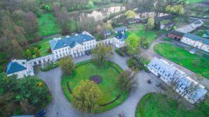 Walewice - pałac i stadnina koni_SowiWeb